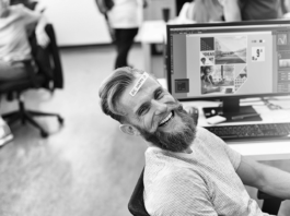 Tips for how to be happy at work /office