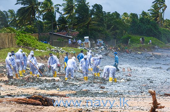Sri Lanka Navy along with Sri Lanka Coast Guard and Marine Environment Protection Authority continues to draw its special attention to remove containers and other debris from the fire stricken ship collecting in coastal areas