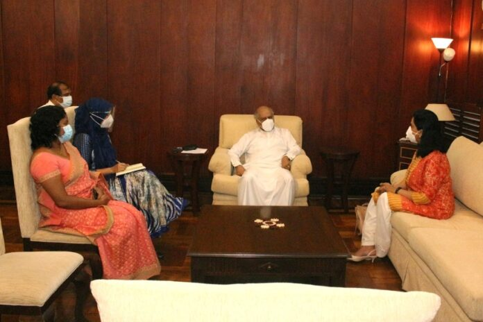 Foreign Minister meets the new WHO Representative to Sri Lanka Foreign Minister meets Dr. Alaka Singh today