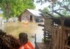 Navy rescued flood victims Sri Lanka