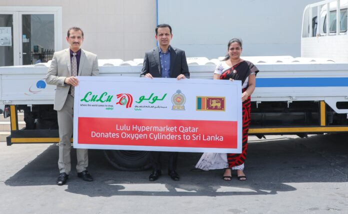 Sri Lanka Embassy in Doha facilitates the first shipment of 150 Oxygen Cylinders and Pulse Oximeters to Sri Lanka