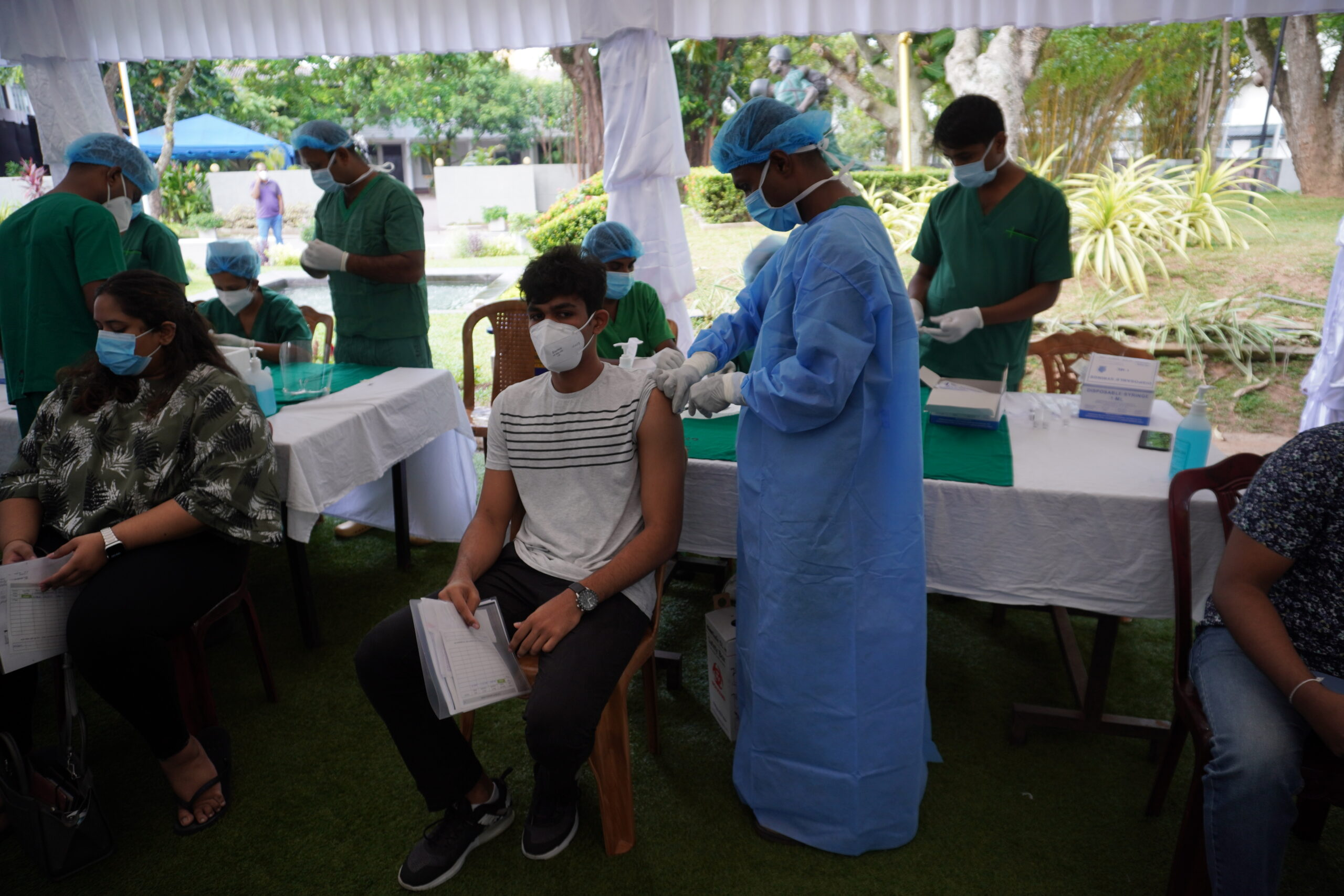 Age below 30 to receive first dose of COVID vaccine in Sri Lanka Soon