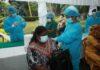 Sri Lanka begins vaccinating school teachers