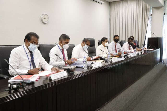 Bill to increase the minimum wage of private sector employees discussed at the Ministerial Consultative Committee on Labour