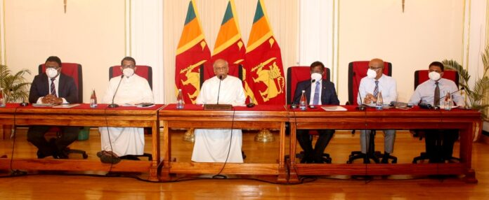 Foreign Minister Dinesh Gunawardena virtually interacts with Sri Lankan expats in Singapore and Brunei Darussalam