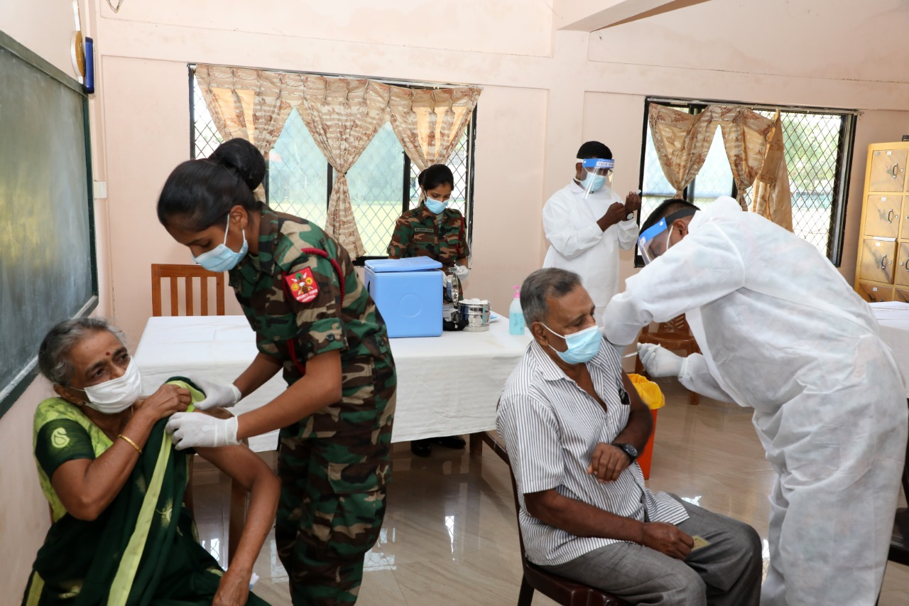 44% of the population above age 30 received first dose of COVID vaccine in Sri Lanka