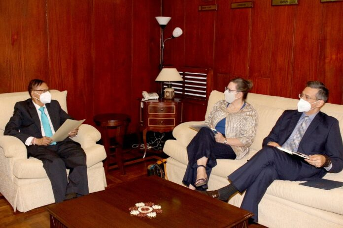 The US Ambassador calls on the Foreign Minister