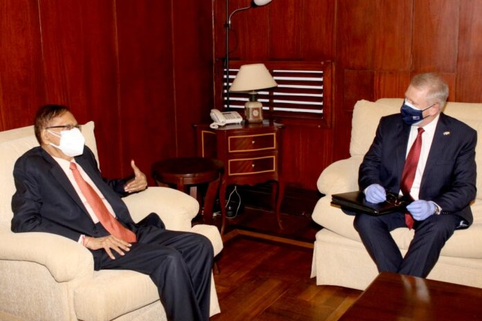 Foreign Minister at a courtesy call paid by the High Commissioner of Australia