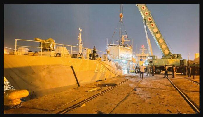 Indian Naval Vessel Shakti has set sail with 100 tons of Liquid Medical Oxygen to Sri Lanka