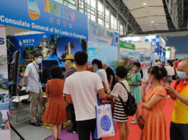 Chinese visitors fascinated by Sri Lanka at the China International Tourism Industry Exposition